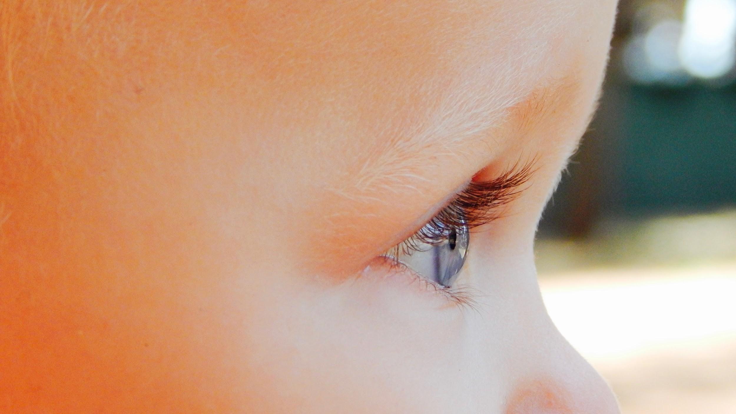 De qué depende el color de los ojos