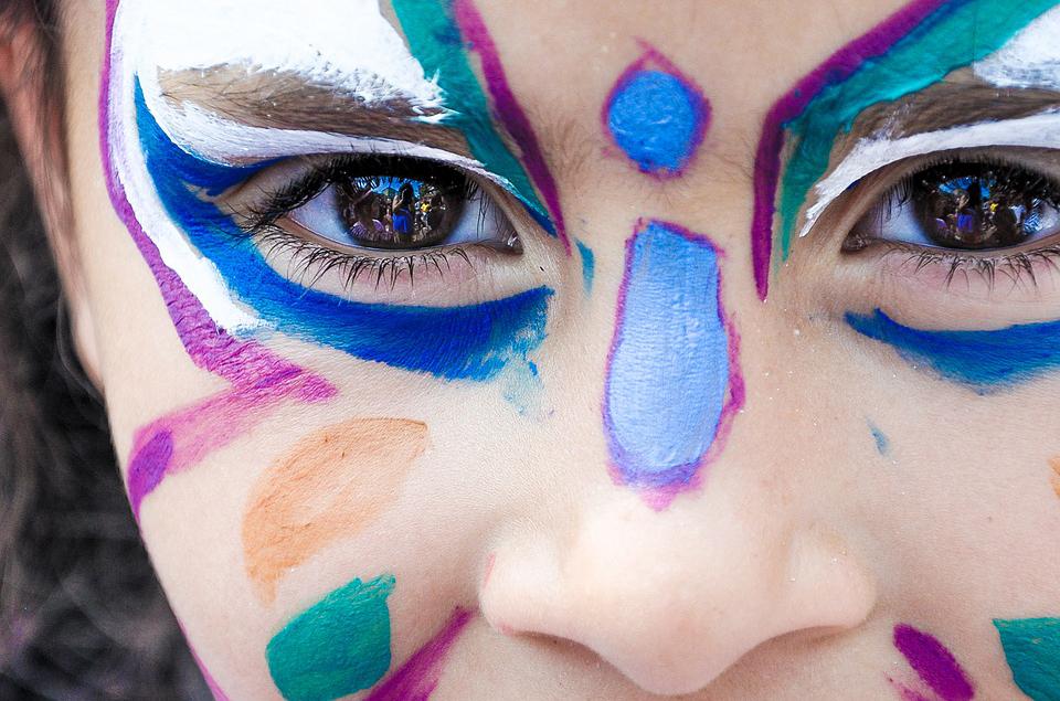 Disfraces y salud ocular: consejos para cuidar tus ojos en Carnaval
